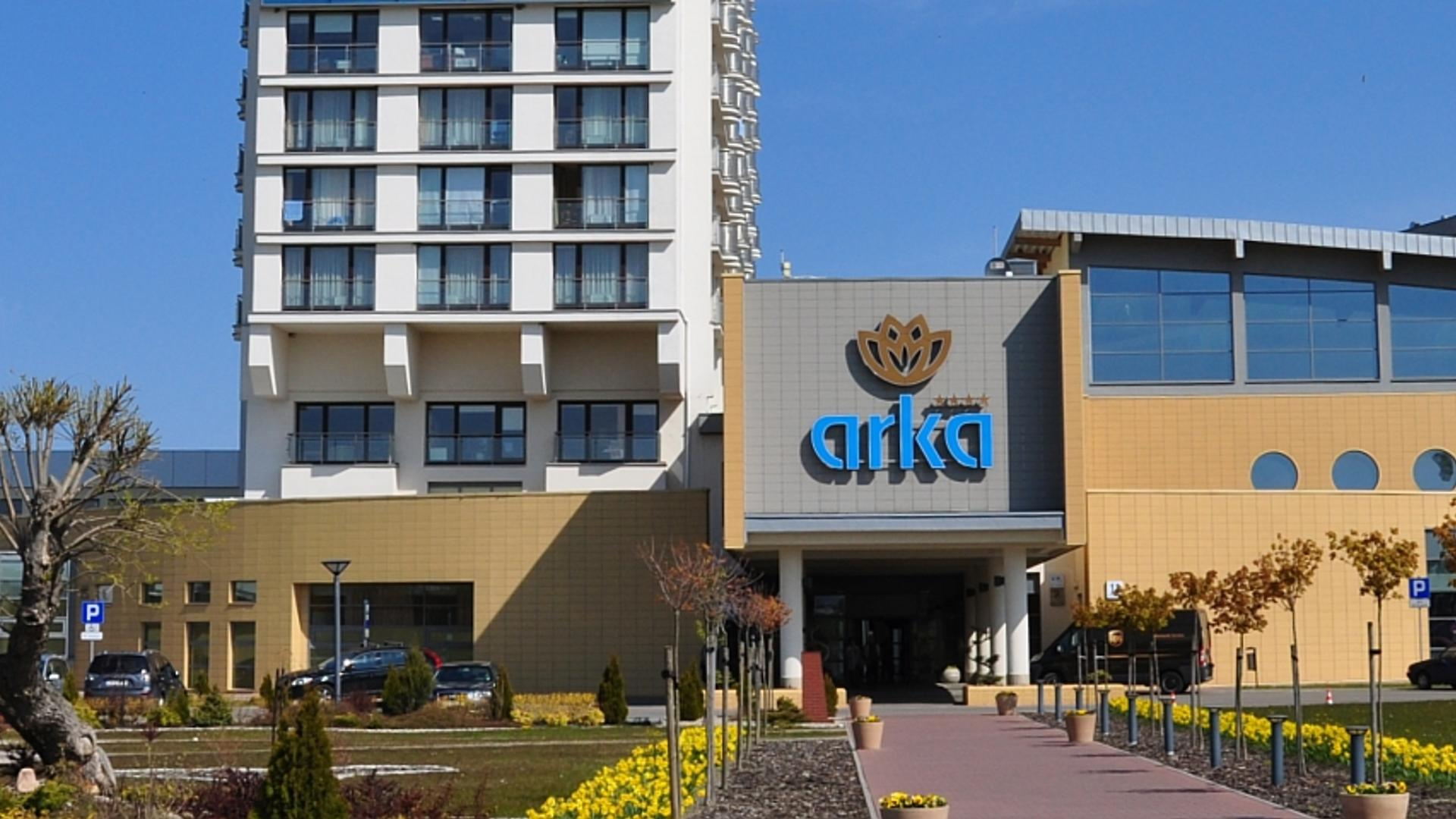 Hd_arka-medical-spa-front